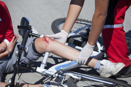 Bicycle Accident, with knee injory